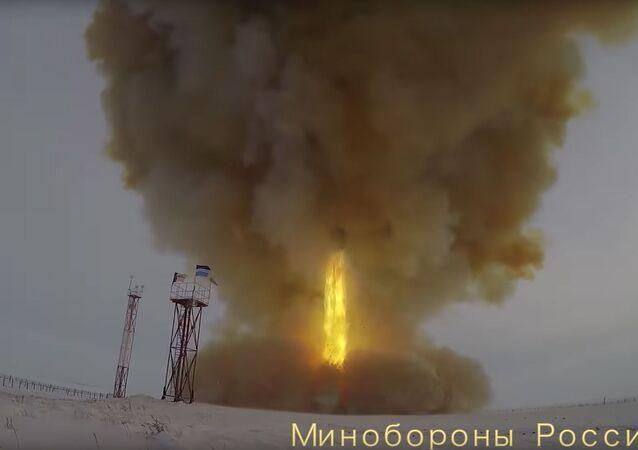 Start ruské hypersonické rakety Avangard