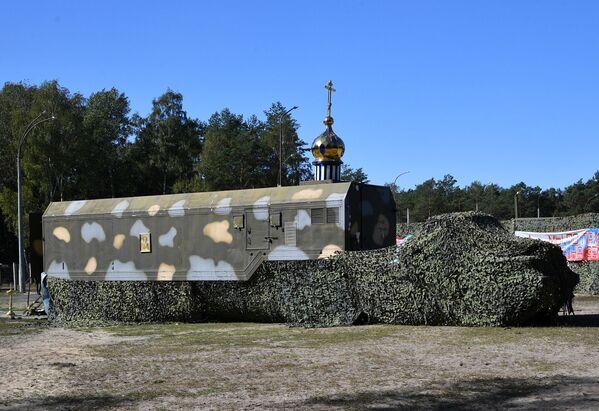 Mobilní pravoslavný chrám běloruských ozbrojených sil - Sputnik Česká republika
