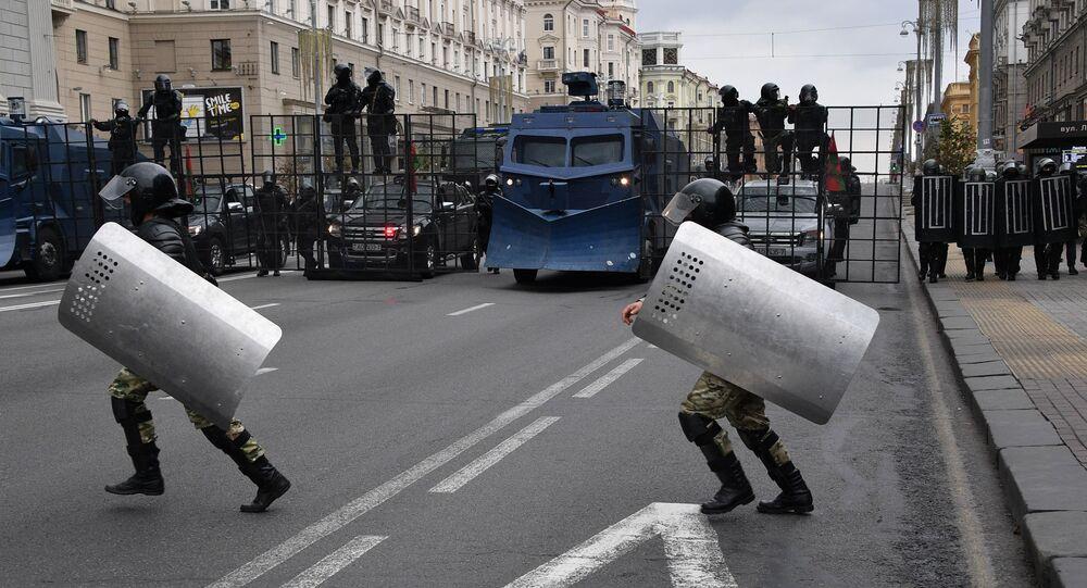 Policisté v Minsku. Ilustrační foto