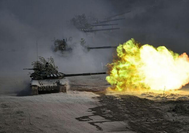 Tanky T-72 během cvičení Kavkaz 2020