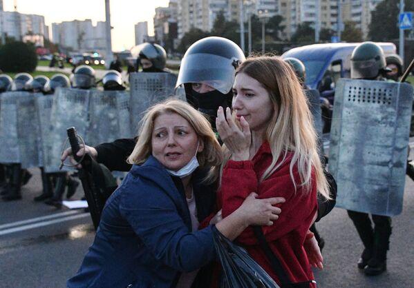 Protestní akce v Minsku, Bělorusko - Sputnik Česká republika