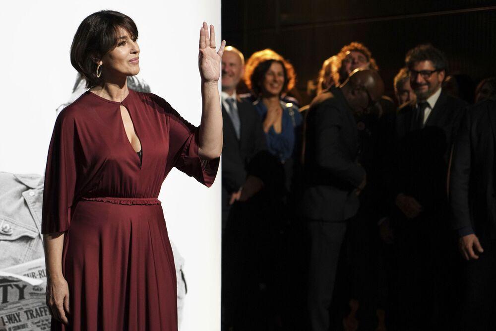 Italská herečka Monica Bellucci na slavnostním předávání cen Lumiere ve Francii, 18. října 2019.
