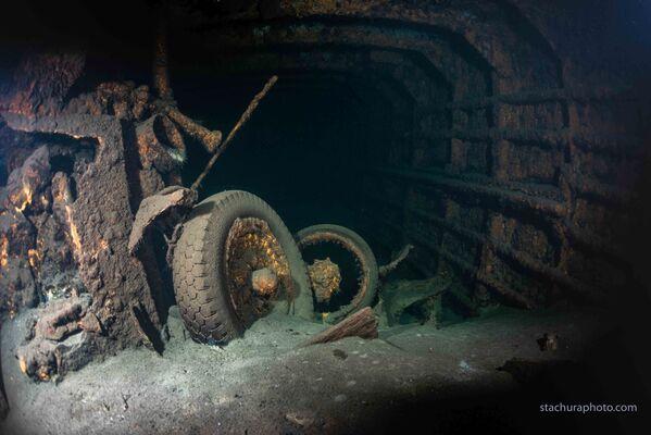 Vrak německé lodi Karlsruhe, nalezený polskými potápěči během pátrací operace v Baltském moři - Sputnik Česká republika