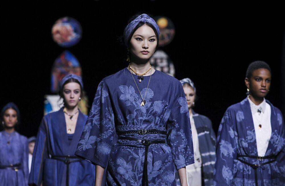 Přehlídka nové kolekce Dior během pařížského týdne módy.