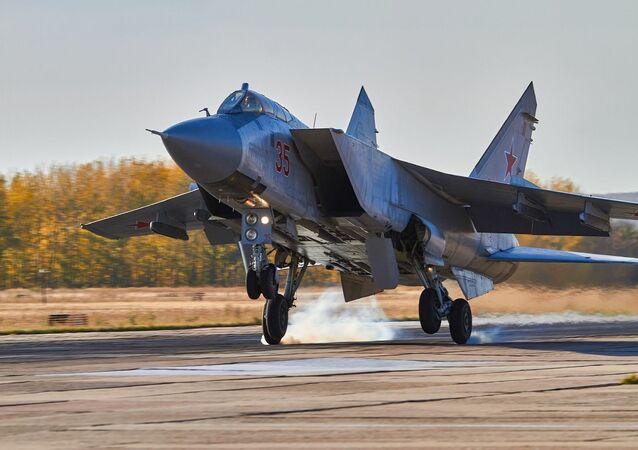Když je nebe domovem. Ruští vojenští letci se zdokonalovali u Voroněže