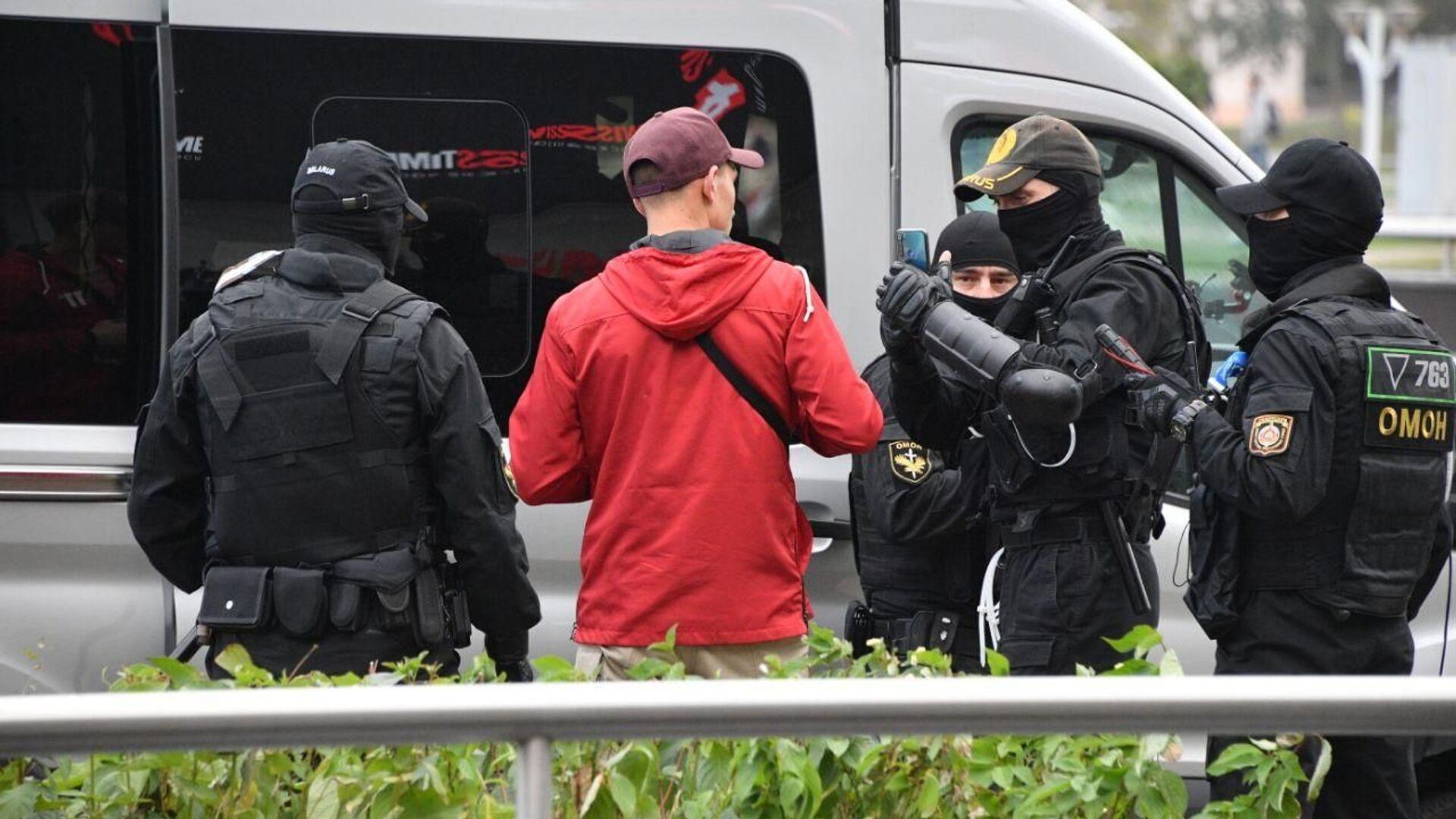 Běloruská policie zasahuje v Minsku - Sputnik Česká republika, 1920, 23.05.2021
