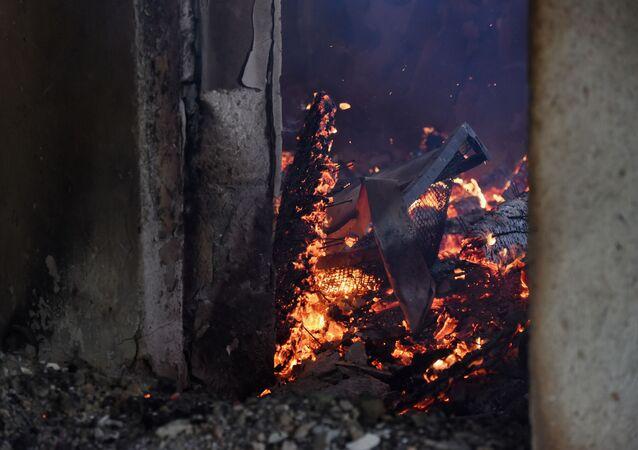 Zničený dům v Náhorním Karabachu