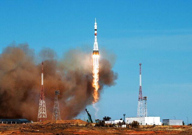 Raketa Sojuz-2.1a s kosmickou lodí Sojuz MS-17 vzlétla z kosmodromu Bajkonur