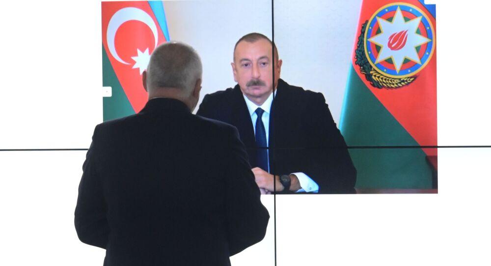 Dmitrij Kiseljov získal rozhovor s ázerbájdžánským lídrem