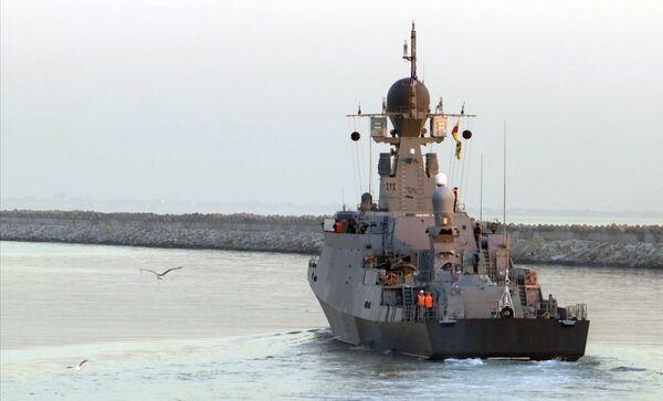 Malá raketová loď Uglič jde na moře k účasti na cvičení kaspické flotily - Sputnik Česká republika