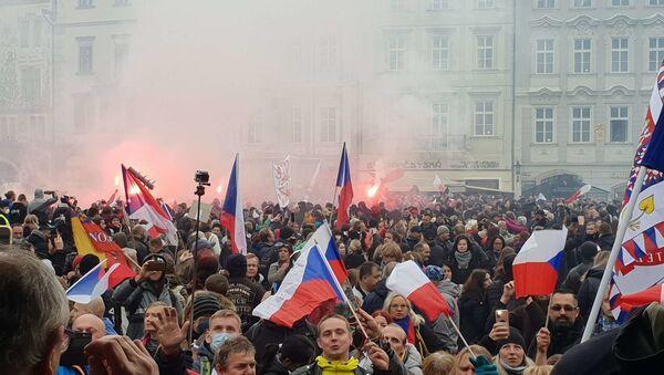 Protest odpůrců covidových opatření v Praze - Sputnik Česká republika
