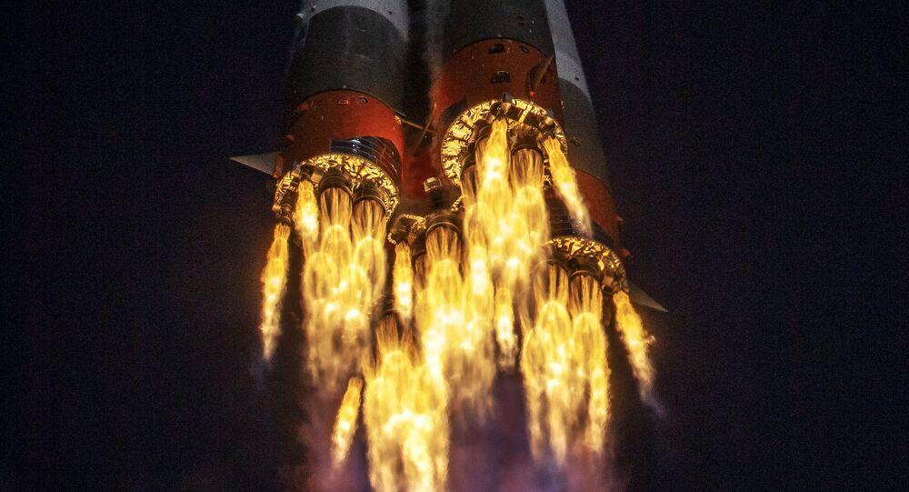 Start nosné rakety Sojuz 2.1a s lodí Sojuz MS-17 z Bajkonuru. Ilustrační foto