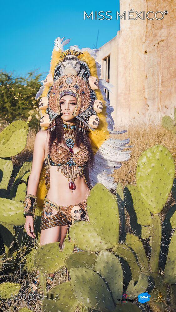 Účastnice soutěže Miss Mexico předvedly národní kroje