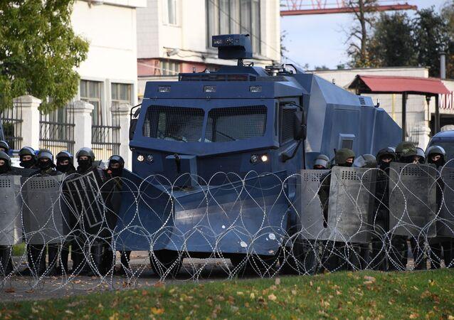 Policejní jednotky v Minsku
