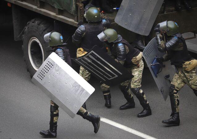 Policie v Minsku