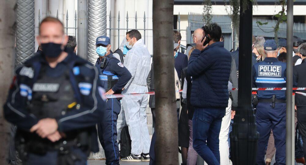 Situace po teroristickém útoku nožem u katedrály v Nice (29. 10. 2020)