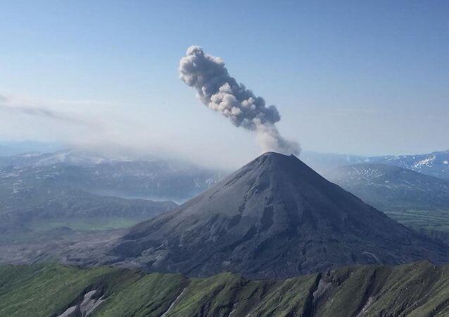 Karymská sopka. Ilustrační foto.