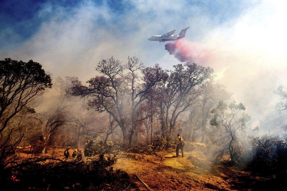 Uhašení požárů v Kalifornii