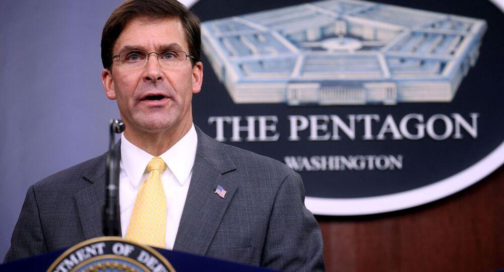 Šéf Pentagonu Mark Esper