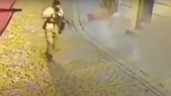 Šokující záběry. Objevilo se video ze střelby ve Vídni - Sputnik Česká republika