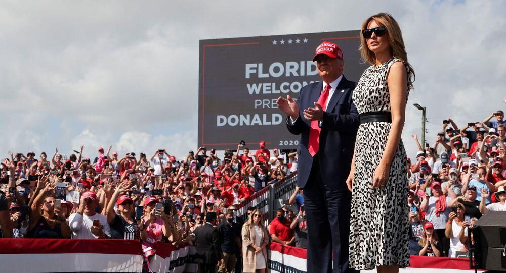 Americký prezident Donald Trump se svou manželkou Melanií