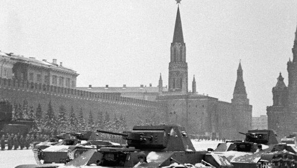 Vojenská přehlídka 7. listopadu 1941 v Moskvě - Sputnik Česká republika