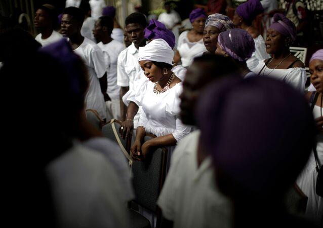 Tento týden v objektivu: Volby, protesty a zachráněné životy