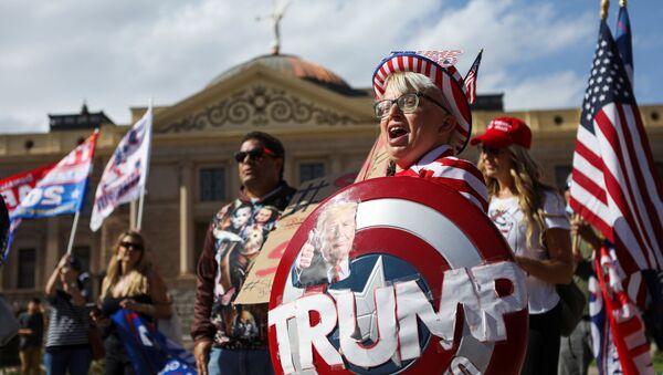 Stop the Steal. Voliči Trumpa demonstrují proti výsledkům prezidentských voleb v USA - Sputnik Česká republika