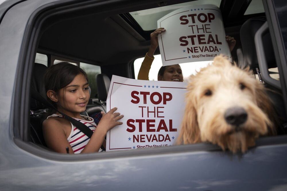 Protest Stop The Steal v Las Vegas.