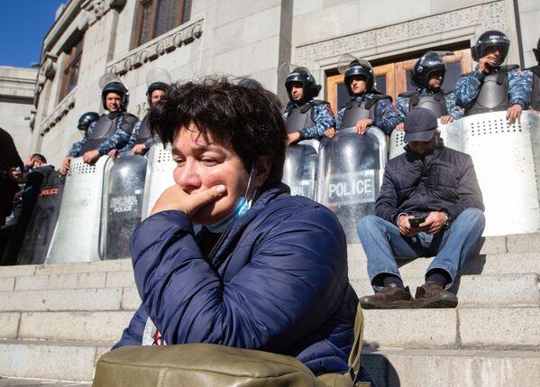 Protestní akce v Jerevanu: Demonstranti dali ultimátum premiérovi Pašinjanovi - Sputnik Česká republika