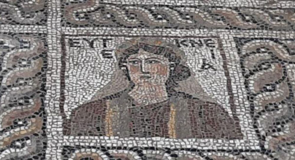 V Turecku objevili archeologové starou fresku podobnou Moně Lise