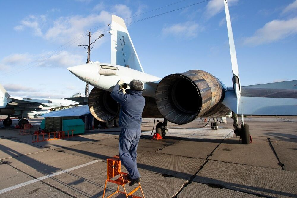 Hrdost ruského letectva: Nácvik manévrového vzdušného boje stíhaček Su-35S
