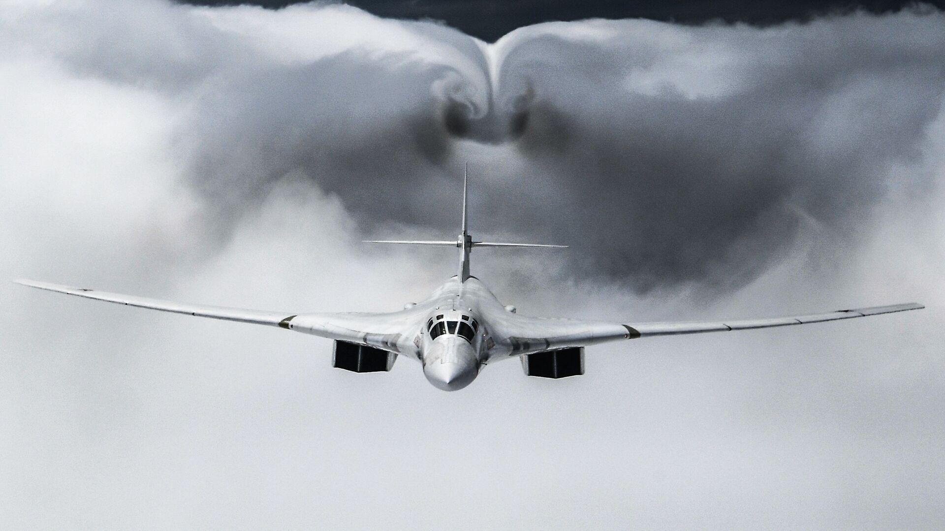 Strategický bombardér Tu-160 - Sputnik Česká republika, 1920, 07.06.2021