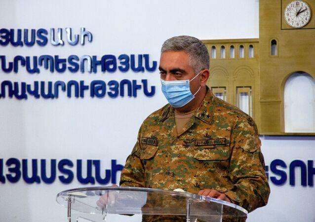 Oficiální zástupce arménského ministerstva obrany Arcrun Ovannisjan