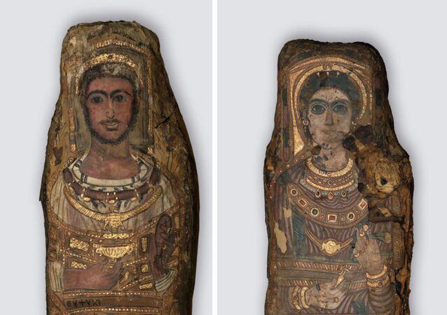 Mumie nalezené v roce 1615 v Sakkáře.