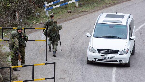 Ruští mírotvůrce v Karabachu - Sputnik Česká republika