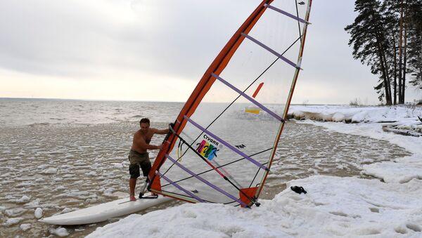 Odvážný sibiřský windsurfing - Sputnik Česká republika