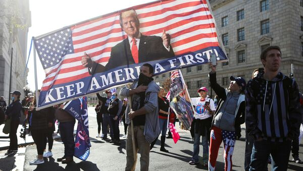 Lidé podporují Trumpa ve Washingtonu - Sputnik Česká republika