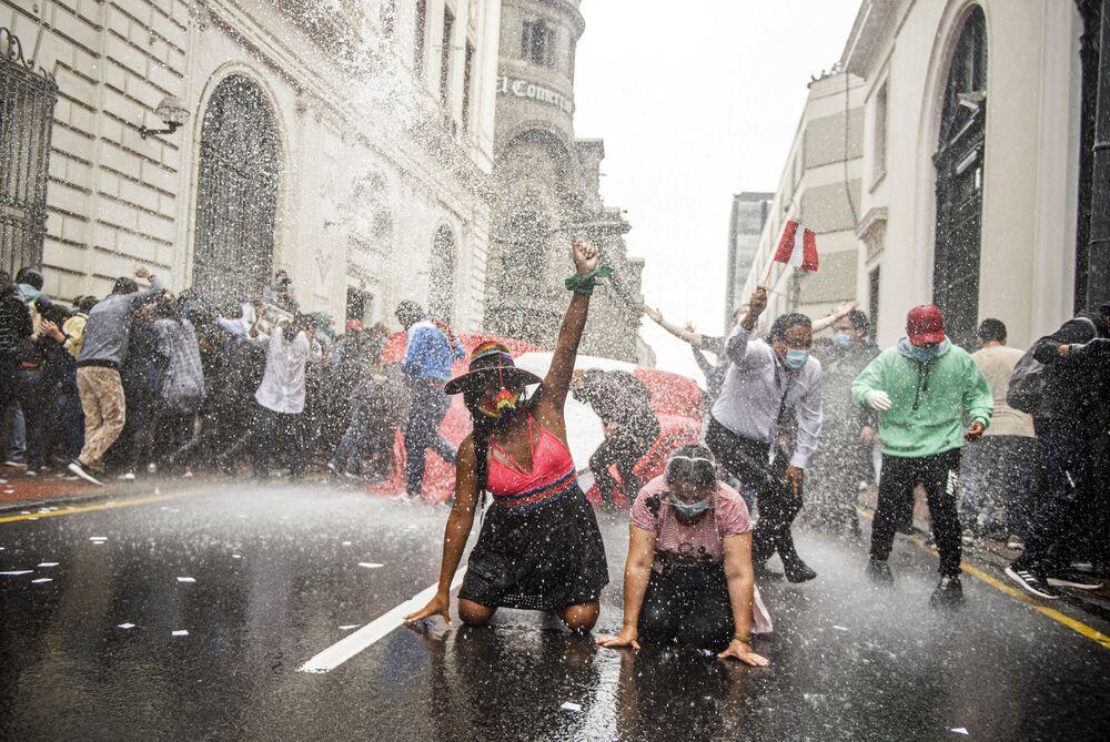 Demonstrace proti nové vládě v Limě, Peru