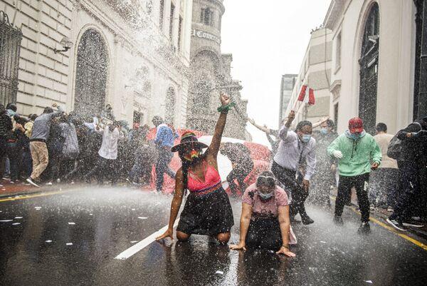 Demonstrace proti nové vládě v Limě, Peru - Sputnik Česká republika