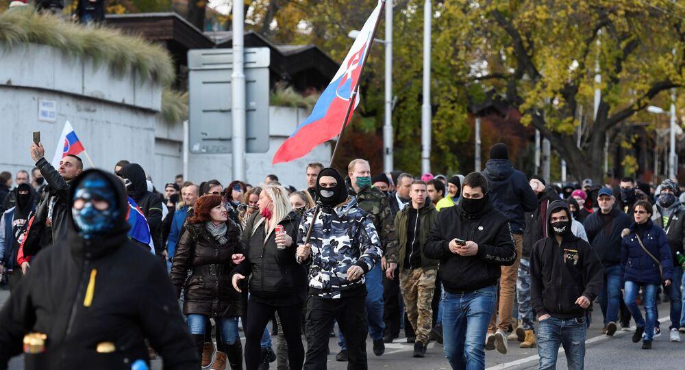 Protestní akce v Bratislavě 17. listopadu 2020
