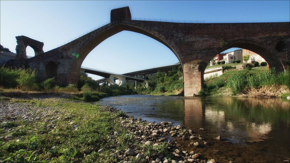 Ďáblův most v obci Martorel v Katalánsku, Španělsko
