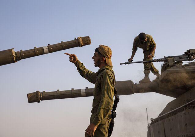 Izraelští vojáci na Golanských výšinách