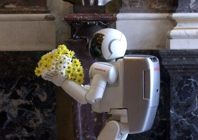 """Od dob Čapka je stále s námi. Před sto lety uslyšel svět slovo """"robot"""""""