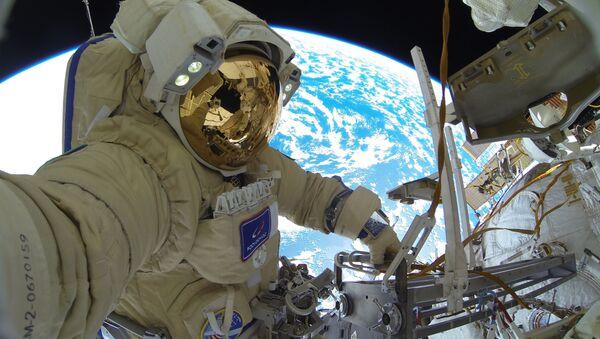 Ruský kosmonaut na Mezinárodní vesmírné stanici. Ilustrační foto - Sputnik Česká republika