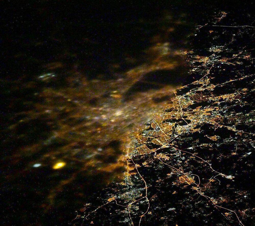 Pohled na Moskvu z paluby ISS.