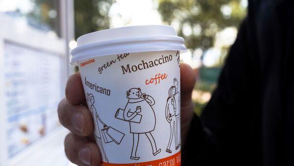 Káva v jednorázovém kelímku - Sputnik Česká republika