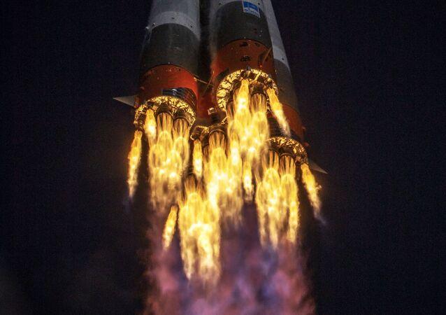 Start nosné rakety Sojuz 2.1a. Ilustrační foto
