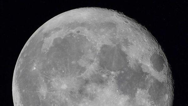 Měsíc z Mezinárodní vesmírné stanice. Ilustrační foto - Sputnik Česká republika