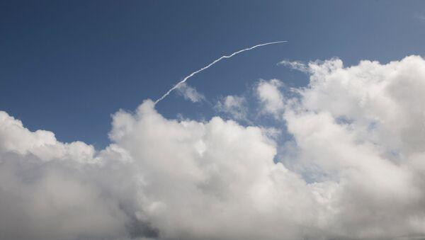 Start rakety Vega z kosmodromu ve Francouzské Guyaně. Ilustrační foto - Sputnik Česká republika